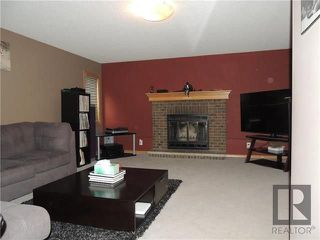 Photo 2: 39 Hamilton Meadows Drive in Winnipeg: Crestview Residential for sale (5H)  : MLS®# 1822749