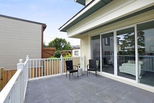 Photo 14: 1 214 W 6TH Street in North Vancouver: Lower Lonsdale House 1/2 Duplex for sale : MLS®# R2306232