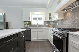 Photo 9: 1 214 W 6TH Street in North Vancouver: Lower Lonsdale House 1/2 Duplex for sale : MLS®# R2306232
