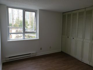 Photo 4: 404 5645 BARKER Avenue in Burnaby: Central Park BS Condo for sale (Burnaby South)  : MLS®# R2306804