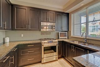 "Photo 8: 3 3025 BAIRD Road in North Vancouver: Lynn Valley Townhouse for sale in ""Vicinity"" : MLS®# R2315112"