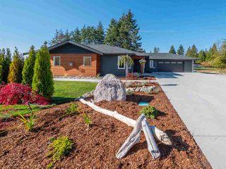 Main Photo: 5543 GRANITE Road in Sechelt: Sechelt District House for sale (Sunshine Coast)  : MLS®# R2316792