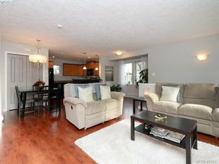 Photo 6: 209 2685 Deville Rd in VICTORIA: La Langford Proper Row/Townhouse for sale (Langford)  : MLS®# 802015