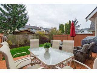 "Photo 18: 2 19948 WILLOUGHBY Way in Langley: Willoughby Heights Townhouse for sale in ""Cranbrook Court"" : MLS®# R2324566"