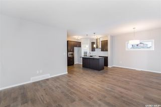 Photo 7: 406 Hassard Close in Saskatoon: Kensington Residential for sale : MLS®# SK754921