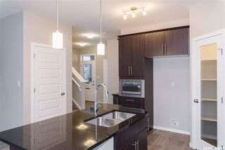 Photo 5: 406 Hassard Close in Saskatoon: Kensington Residential for sale : MLS®# SK754921