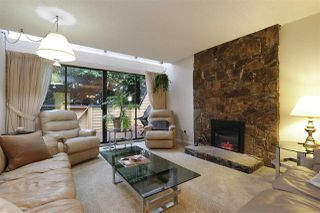 "Photo 4: 204 W 4TH Street in North Vancouver: Lower Lonsdale Townhouse for sale in ""Chesterfield West"" : MLS®# R2337453"