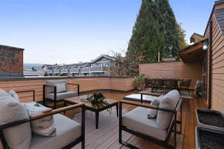 "Photo 1: 204 W 4TH Street in North Vancouver: Lower Lonsdale Townhouse for sale in ""Chesterfield West"" : MLS®# R2337453"