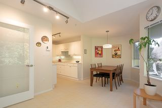 """Photo 6: 407 3680 BANFF Court in North Vancouver: Northlands Condo for sale in """"Parkgate Manor"""" : MLS®# R2340085"""