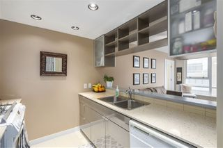 "Photo 8: 907 928 BEATTY Street in Vancouver: Yaletown Condo for sale in ""THE MAX"" (Vancouver West)  : MLS®# R2342026"