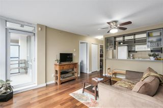 "Photo 4: 907 928 BEATTY Street in Vancouver: Yaletown Condo for sale in ""THE MAX"" (Vancouver West)  : MLS®# R2342026"