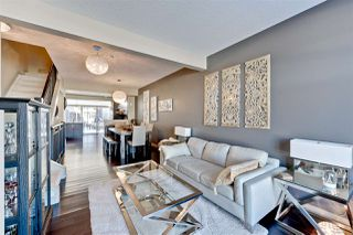 Photo 3: 1617 Cunningham Way in Edmonton: Zone 55 Townhouse for sale : MLS®# E4145523