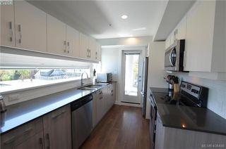 Photo 3: 401 826 Esquimalt Road in VICTORIA: Es Esquimalt Condo Apartment for sale (Esquimalt)  : MLS®# 408466