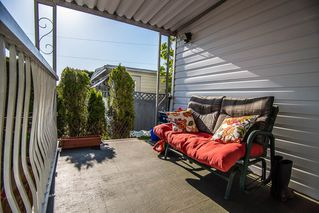 """Photo 3: 226 201 CAYER Street in Coquitlam: Maillardville Manufactured Home for sale in """"WILDWOOD PARK"""" : MLS®# R2362551"""