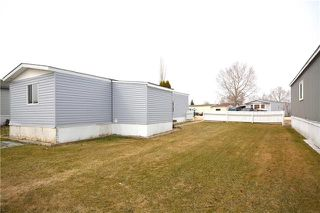 Photo 15: 4 Warren Road in Pine Ridge: Pineridge Trailer Park Residential for sale (R02)  : MLS®# 1910402