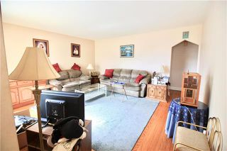 Photo 3: 257 Helmsdale Avenue in Winnipeg: East Kildonan Residential for sale (3D)  : MLS®# 1911852