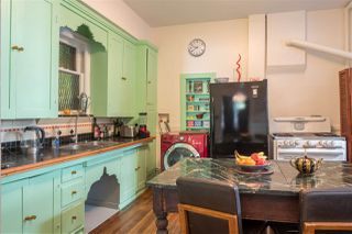 Photo 6: 640 E GEORGIA Street in Vancouver: Strathcona House for sale (Vancouver East)  : MLS®# R2373529