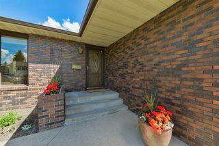 Photo 3: 4708 108 Avenue in Edmonton: Zone 19 House for sale : MLS®# E4161343
