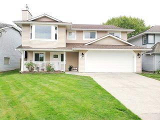 "Main Photo: 9226 210 Street in Langley: Walnut Grove House for sale in ""Country Grove Estates"" : MLS®# R2385901"