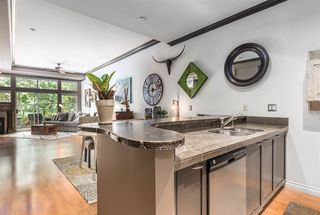 """Photo 4: 101 131 W 3RD Street in North Vancouver: Lower Lonsdale Condo for sale in """"Seascape Landing"""" : MLS®# R2411006"""