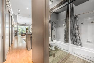"""Photo 10: 101 131 W 3RD Street in North Vancouver: Lower Lonsdale Condo for sale in """"Seascape Landing"""" : MLS®# R2411006"""