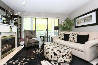 Photo 2: 208 20268 54 AVENUE in Langley: Langley City Condo for sale : MLS®# R2109826