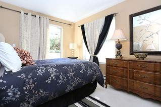 Photo 12: 208 20268 54 AVENUE in Langley: Langley City Condo for sale : MLS®# R2109826