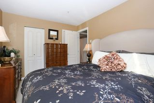 Photo 14: 208 20268 54 AVENUE in Langley: Langley City Condo for sale : MLS®# R2109826