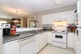 Photo 8: 208 20268 54 AVENUE in Langley: Langley City Condo for sale : MLS®# R2109826