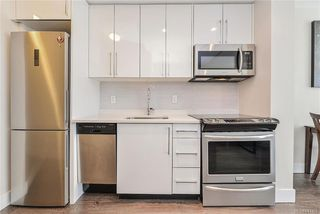 Photo 6: 405 1090 Johnson St in Victoria: Vi Downtown Condo Apartment for sale : MLS®# 841465