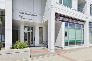 Photo 2: 405 1090 Johnson St in Victoria: Vi Downtown Condo Apartment for sale : MLS®# 841465