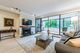 "Photo 3: 52 1425 LAMEY'S MILL Road in Vancouver: False Creek Condo for sale in ""Harbour Terrace"" (Vancouver West)  : MLS®# R2499558"