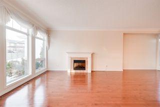 Photo 13: 6617 SANDIN Cove in Edmonton: Zone 14 House Half Duplex for sale : MLS®# E4216196