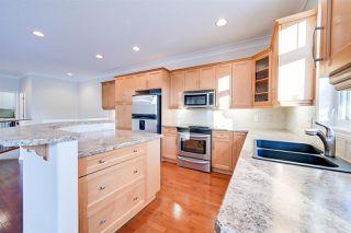 Photo 7: 6617 SANDIN Cove in Edmonton: Zone 14 House Half Duplex for sale : MLS®# E4216196