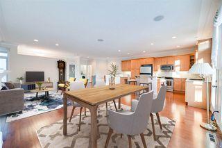 Photo 3: 6617 SANDIN Cove in Edmonton: Zone 14 House Half Duplex for sale : MLS®# E4216196