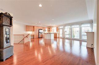 Photo 5: 6617 SANDIN Cove in Edmonton: Zone 14 House Half Duplex for sale : MLS®# E4216196