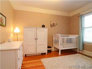 Photo 11: 2546 Shelbourne Street in VICTORIA: Vi Fernwood Residential for sale (Victoria)  : MLS®# 305804