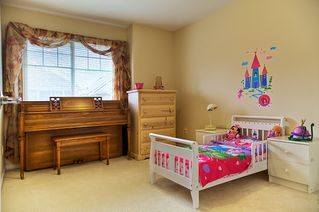 Photo 10: 16 1108 Riverside Close in Port Coquitlam: Riverwood Townhouse for sale : MLS®# v981541