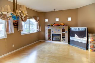Photo 5: 16 1108 Riverside Close in Port Coquitlam: Riverwood Townhouse for sale : MLS®# v981541