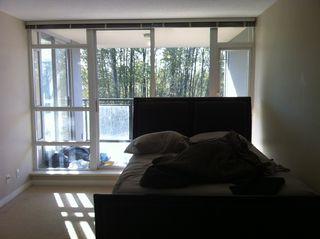 Photo 4: 203 555 Delestre Avenue in Coquitlam: Condo for sale : MLS®# V1028408