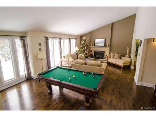 Photo 3: 103 Shier Drive in WINNIPEG: Charleswood Residential for sale (South Winnipeg)  : MLS®# 1326228