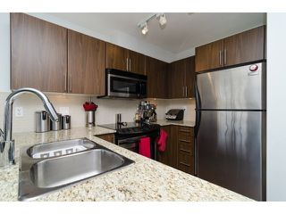 """Photo 7: D304 8929 202ND Street in Langley: Walnut Grove Condo for sale in """"THE GROVE"""" : MLS®# F1414965"""