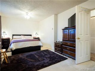 Photo 8: 2342 Orchard Ave in SIDNEY: Si Sidney South-East House for sale (Sidney)  : MLS®# 691444
