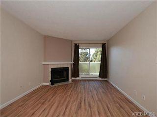 Photo 2: 404 2520 Wark Street in VICTORIA: Vi Hillside Condo Apartment for sale (Victoria)  : MLS®# 346976