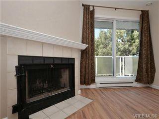 Photo 3: 404 2520 Wark Street in VICTORIA: Vi Hillside Condo Apartment for sale (Victoria)  : MLS®# 346976