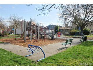Photo 18: 404 2520 Wark Street in VICTORIA: Vi Hillside Condo Apartment for sale (Victoria)  : MLS®# 346976