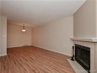 Photo 4: 404 2520 Wark Street in VICTORIA: Vi Hillside Condo Apartment for sale (Victoria)  : MLS®# 346976