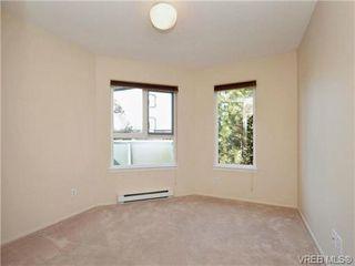 Photo 13: 404 2520 Wark Street in VICTORIA: Vi Hillside Condo Apartment for sale (Victoria)  : MLS®# 346976
