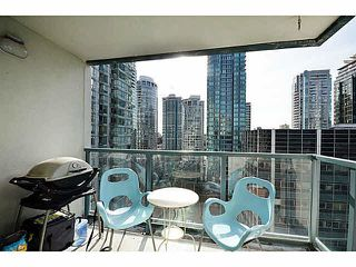 """Photo 9: 1801 1238 MELVILLE Street in Vancouver: Coal Harbour Condo for sale in """"POINT CLAIRE"""" (Vancouver West)  : MLS®# V1108872"""