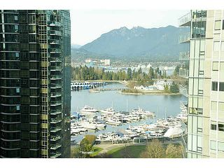 """Photo 2: 1801 1238 MELVILLE Street in Vancouver: Coal Harbour Condo for sale in """"POINT CLAIRE"""" (Vancouver West)  : MLS®# V1108872"""